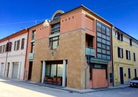 thimg 40 285x200 Appartamenti fuori Matelica