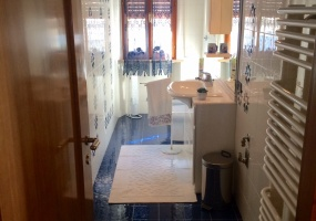 thimg 2 285x200 Appartamenti a Matelica