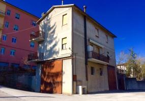 thimg 5 285x200 Appartamenti a Matelica