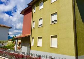 thimg IMG 1544 285x200 Appartamenti a Matelica