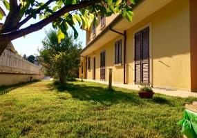 thimg 51 285x200 Appartamenti a Matelica