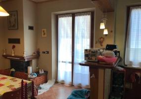 thimg IMG 0031 285x200 Appartamenti fuori Matelica
