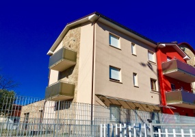thimg IMG 9190 285x200 Appartamenti a Matelica